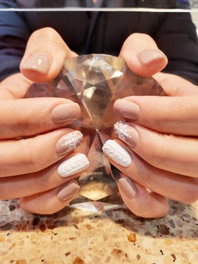 Understated Winter Design Manicure