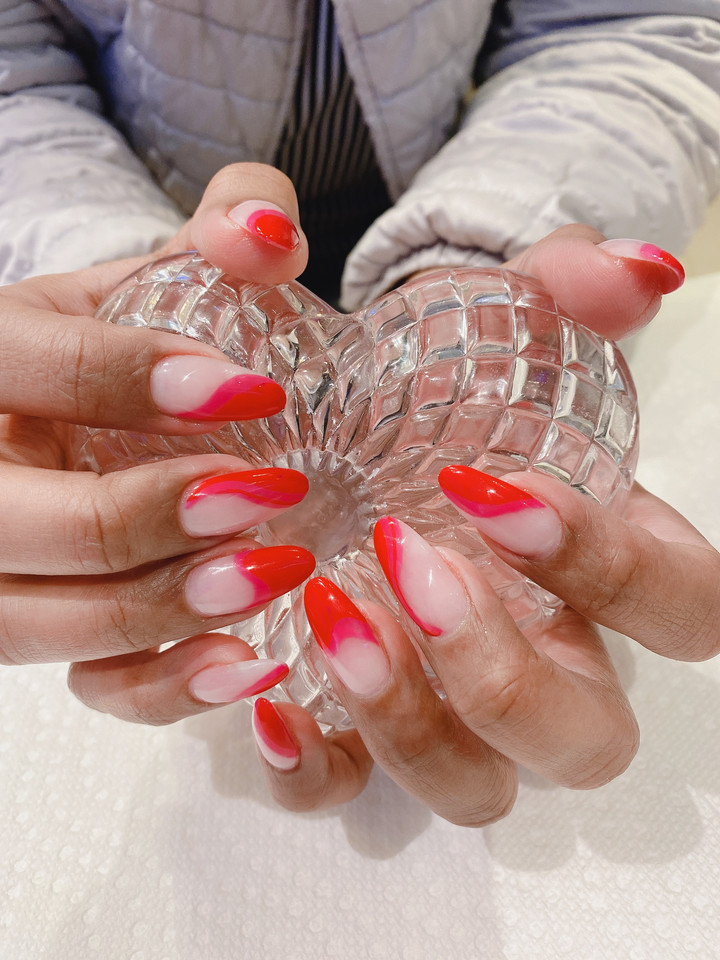 Red Hearts Manicure