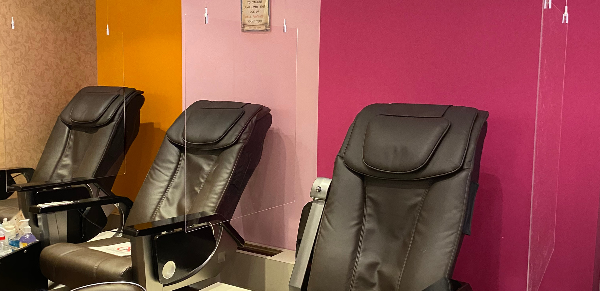 Partitions for Pedicure Chairs