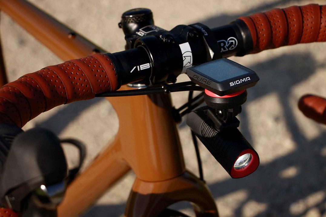 bikeambulance_Open_Up_brown_Cockpit.JPG