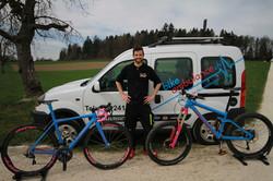 die_bike_ambulance_wünscht_eine_schöne_R