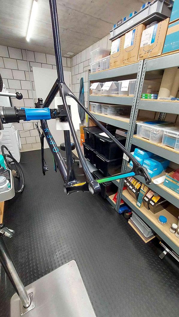 bikeambulance_Open_Min.D_Aufbau_Rahmen.j