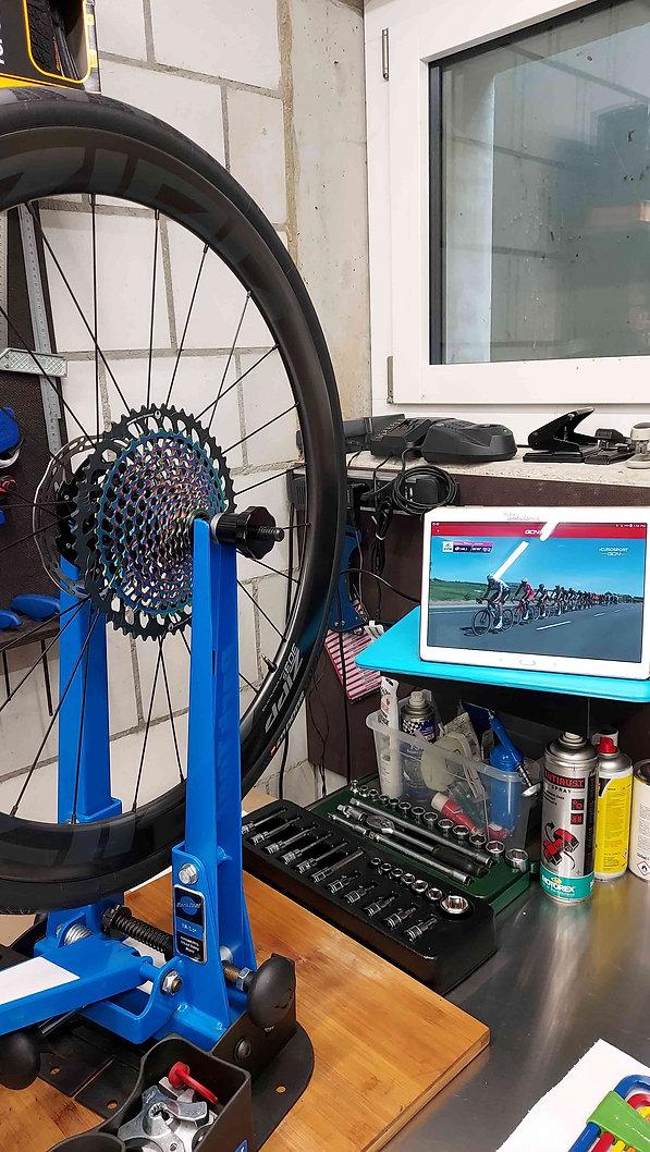 bikeambulance_Open_U.P._grey_red_Sram_ea