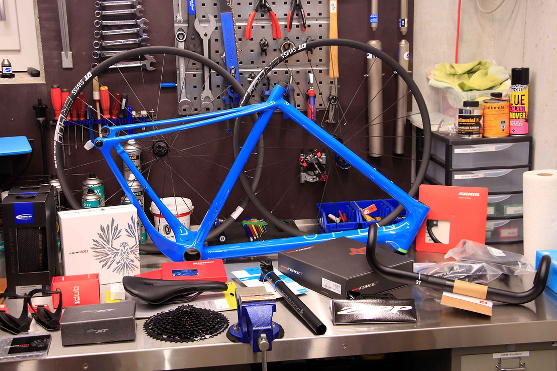Open_UP_blue_L_Parts_bikeambulance_Werks