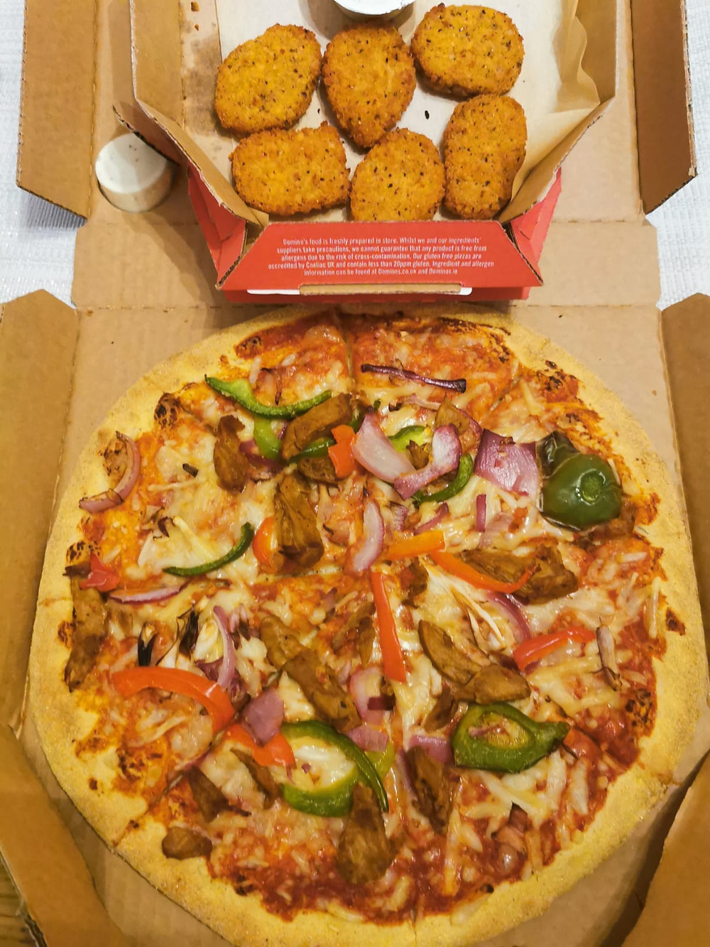 Domino's Chick-Ain't Pizza with Domino's vegan nuggets