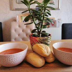 Vegan Tomato and Vegetable Soup