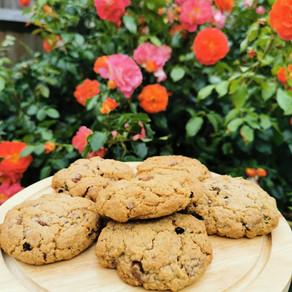 Healthy-ish Chocolate Orange Oatey Cookies