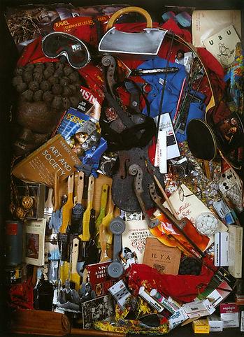 1992-arman-autoportrait-robot-assemblage