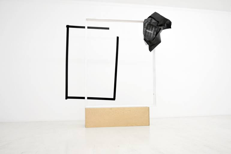 print on paper, wood and duct tape. 197x158x37cm 2013