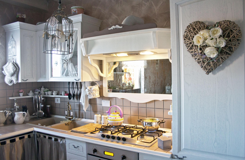 cucina su misura provenzale roma falegnameria 3