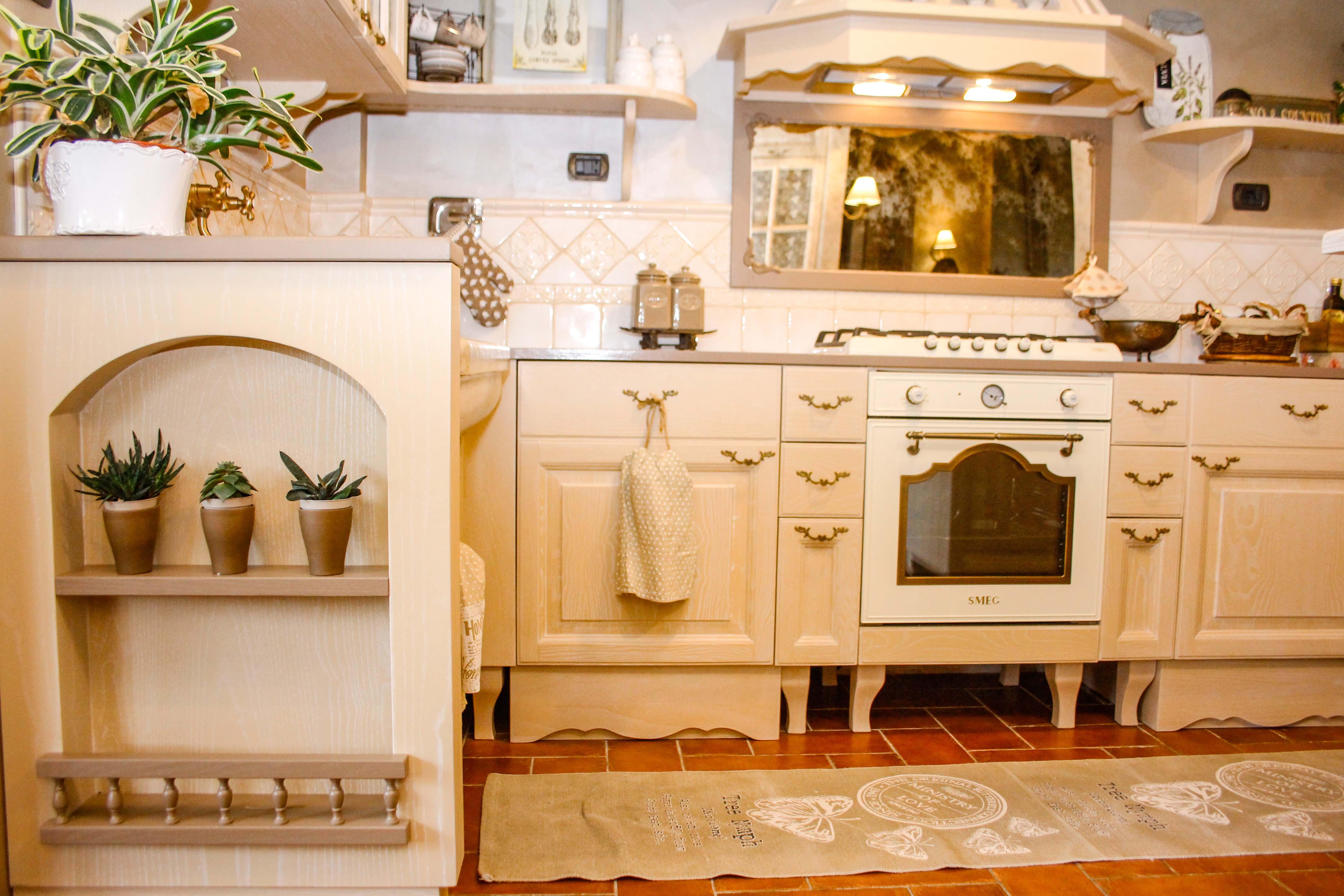 3-cucina country-su misura-cucina in leg