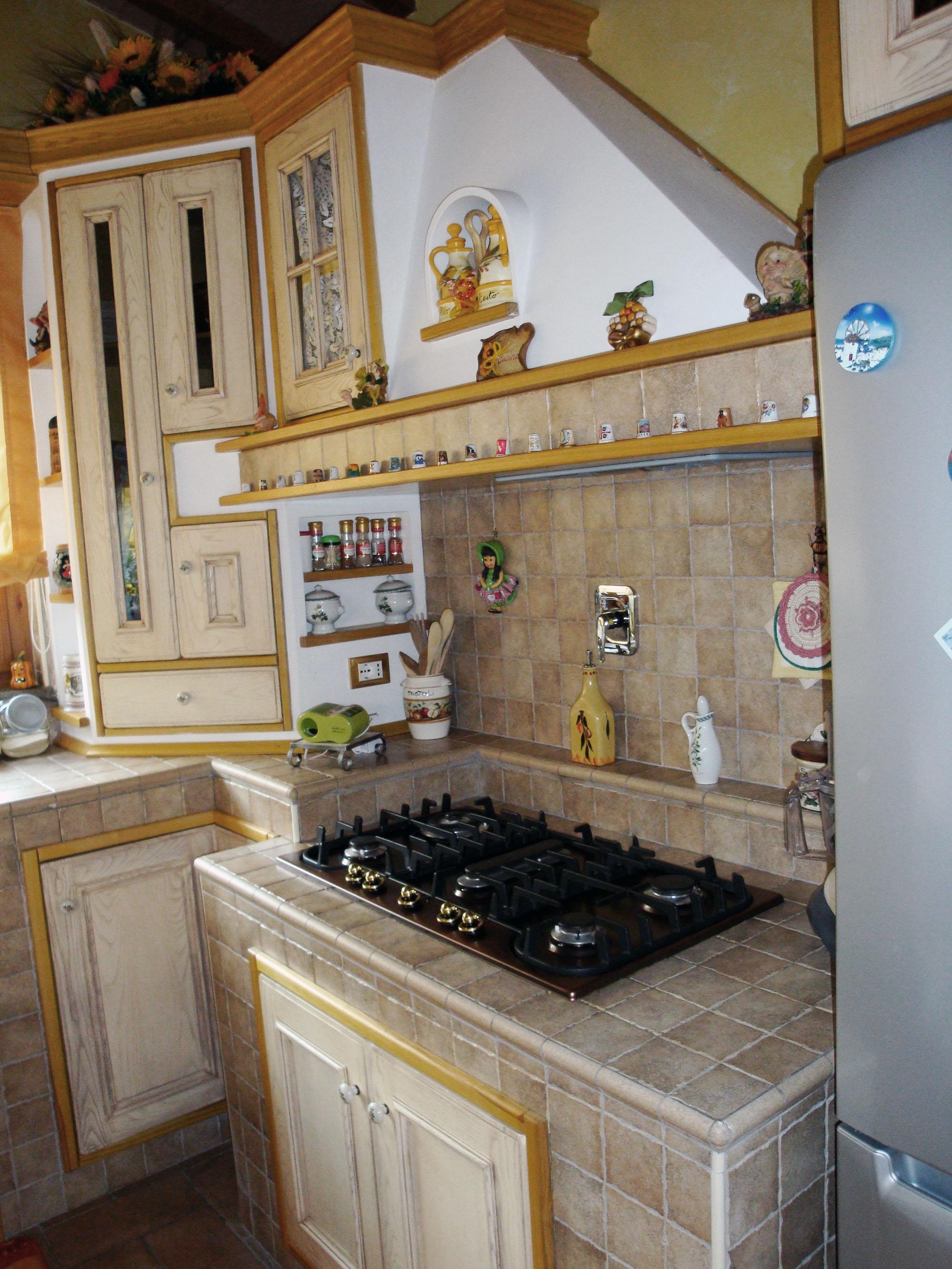cucina su misura in stile country falegnameria roma 2