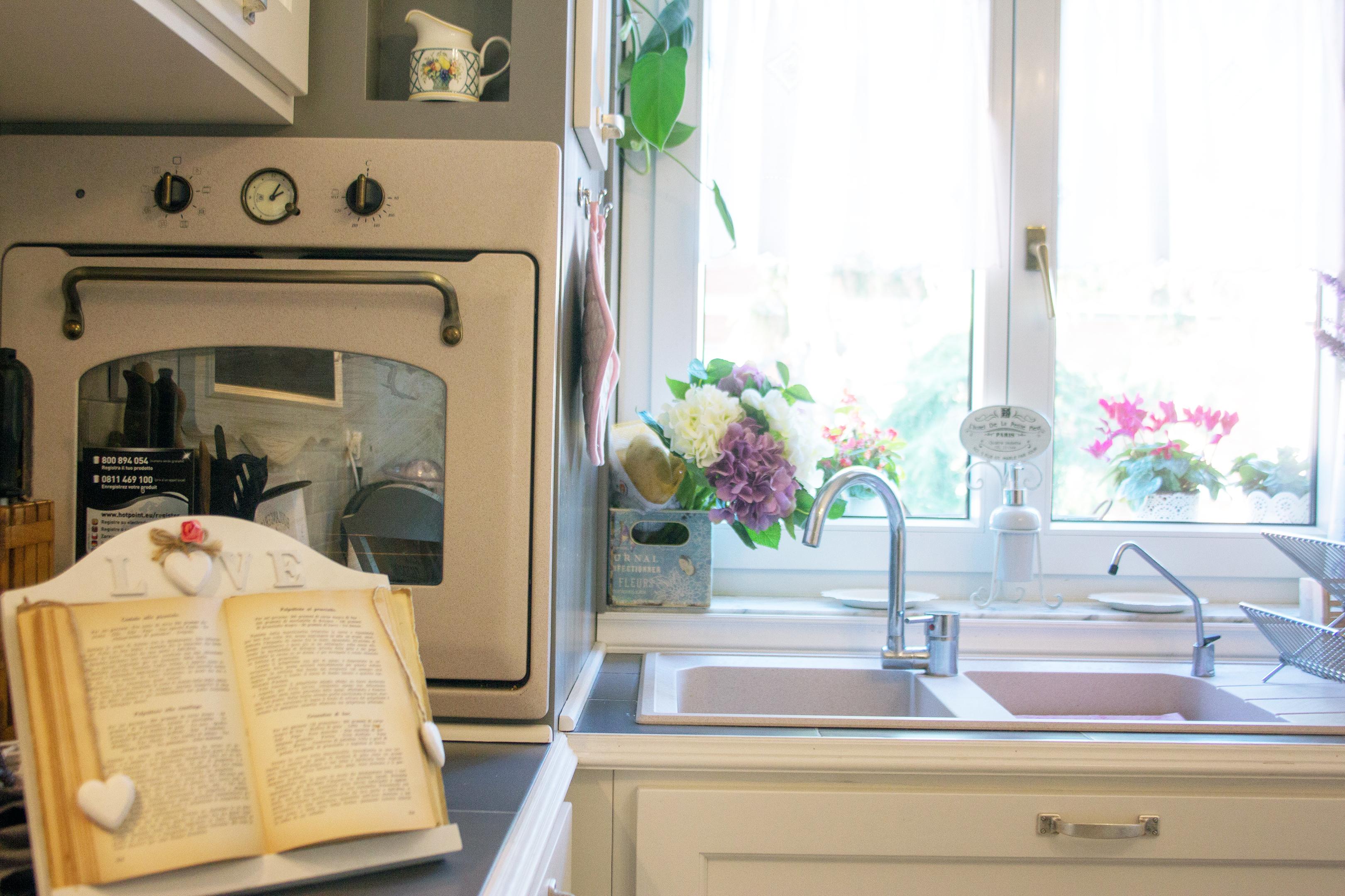 cucina shabby chic falegnameria su misura roma (11)