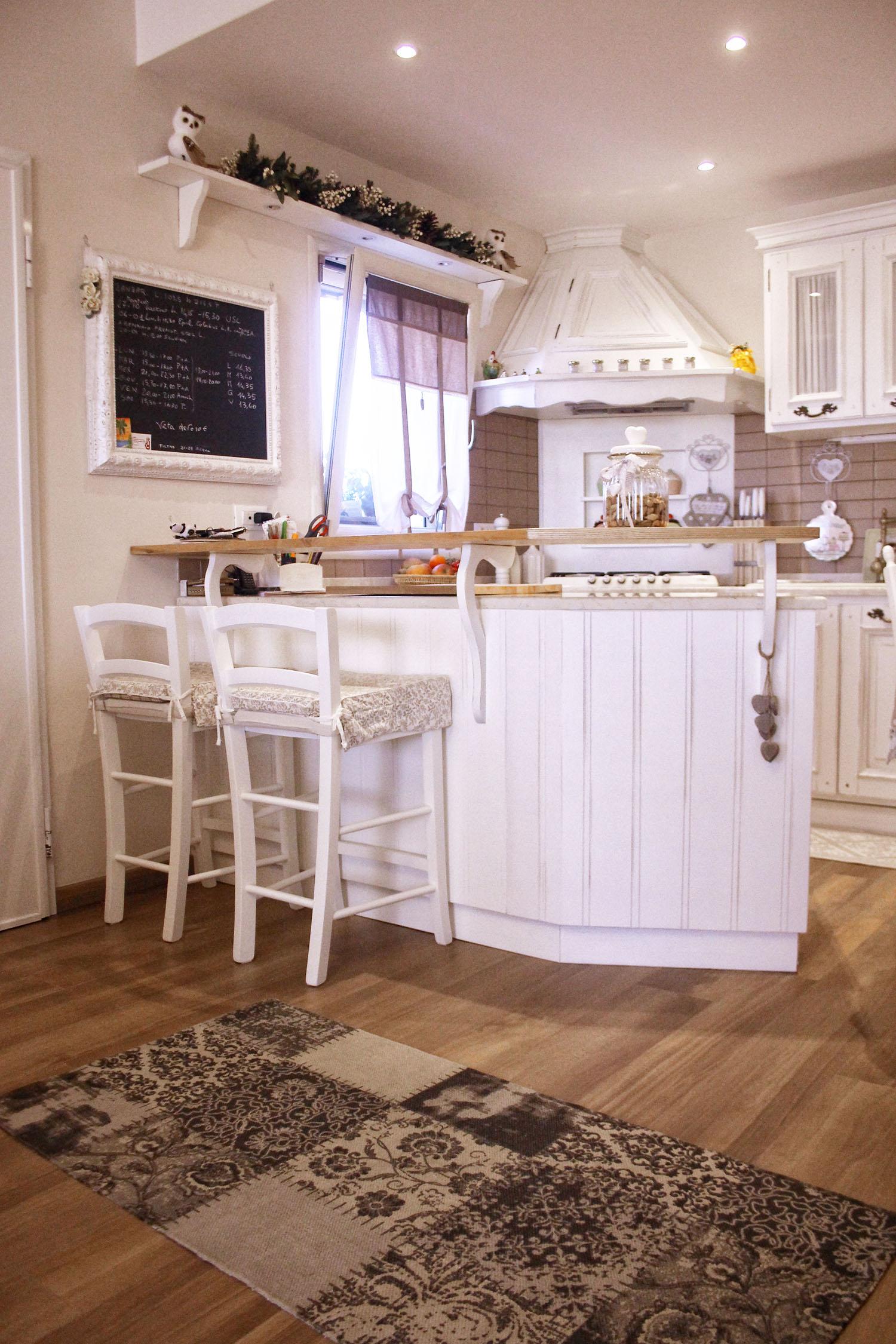 cucina shabby chic falegnameria su misura roma (7)