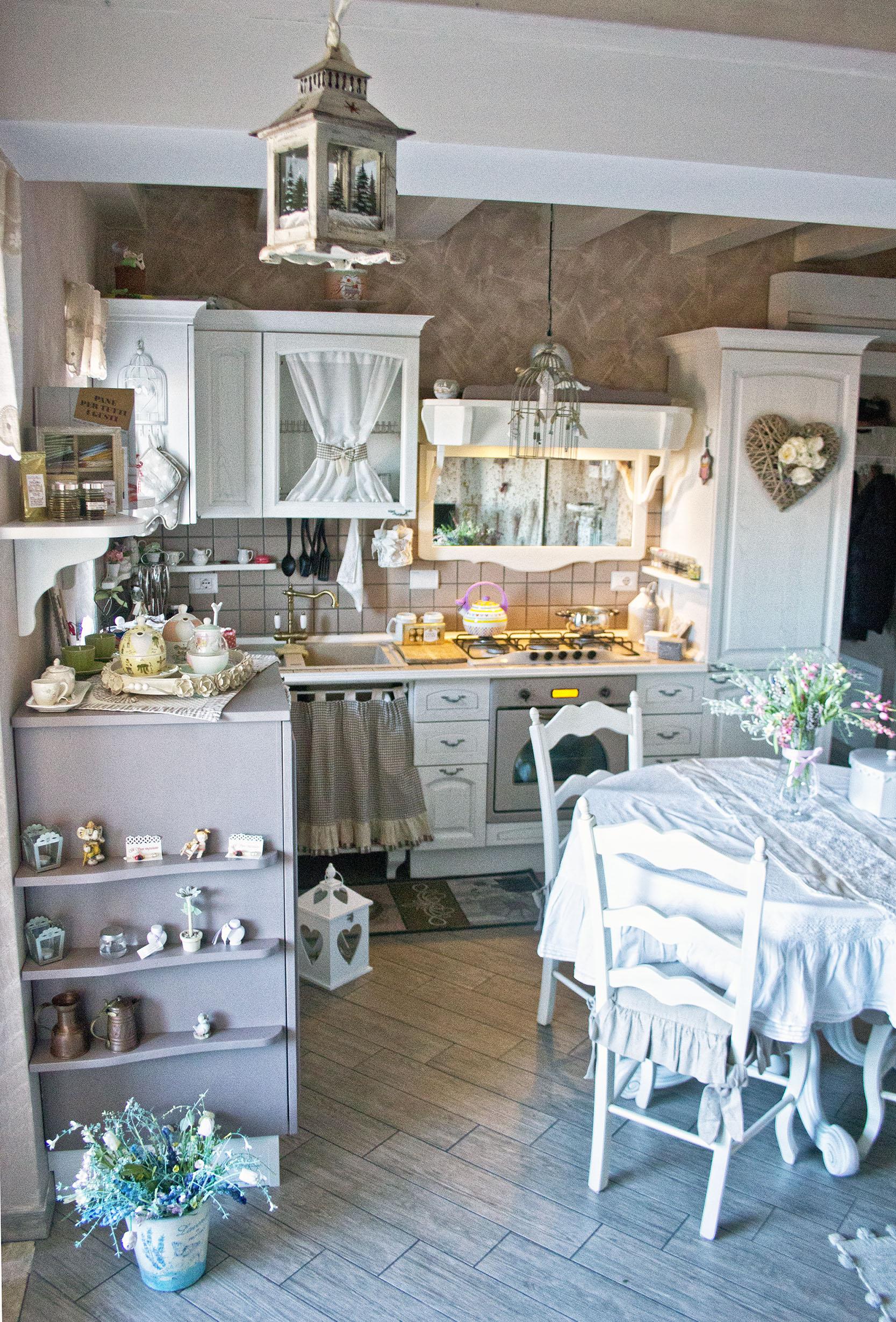 cucina su misura provenzale roma falegnameria 1