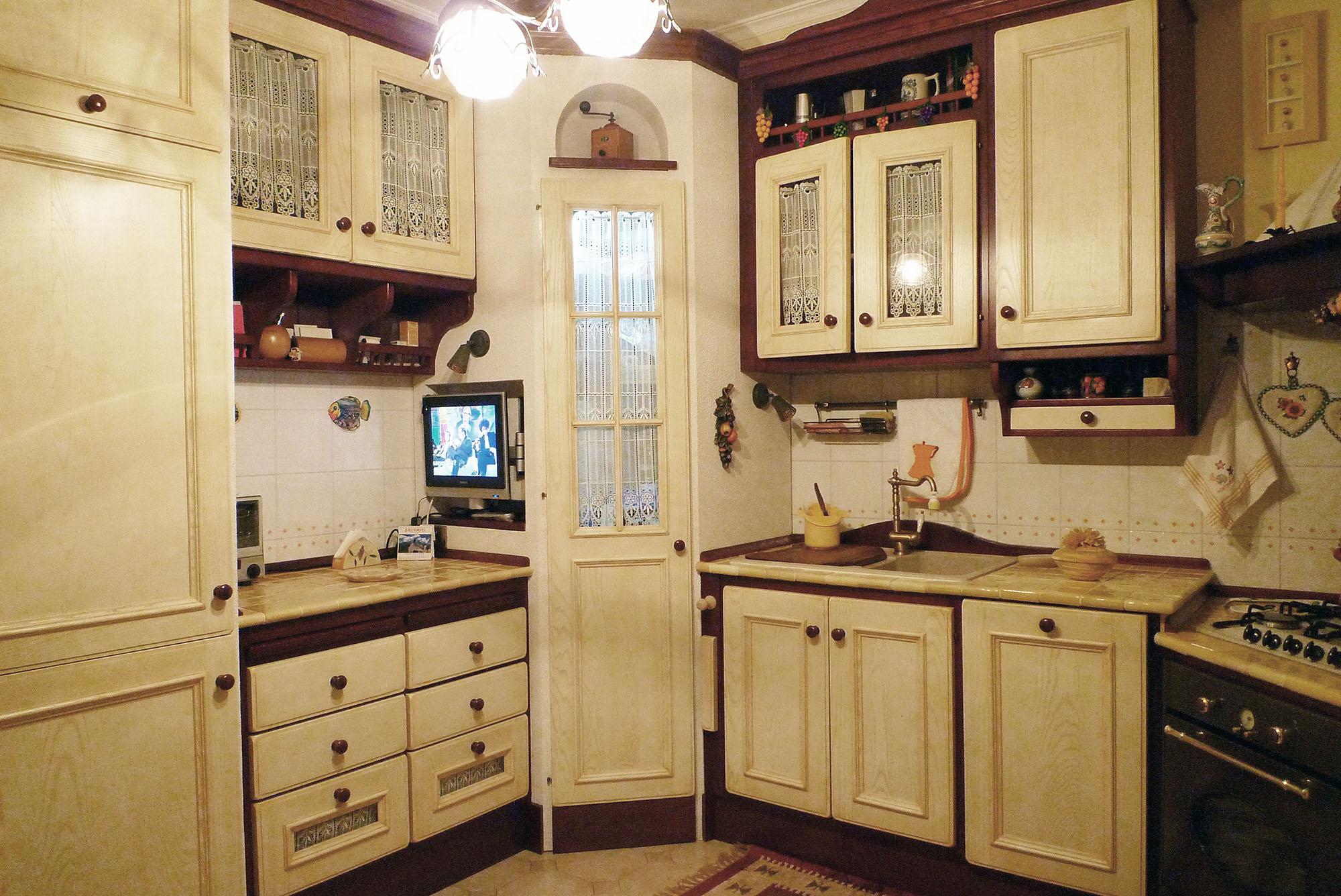 cucina su misura stile country falegnameria roma 2