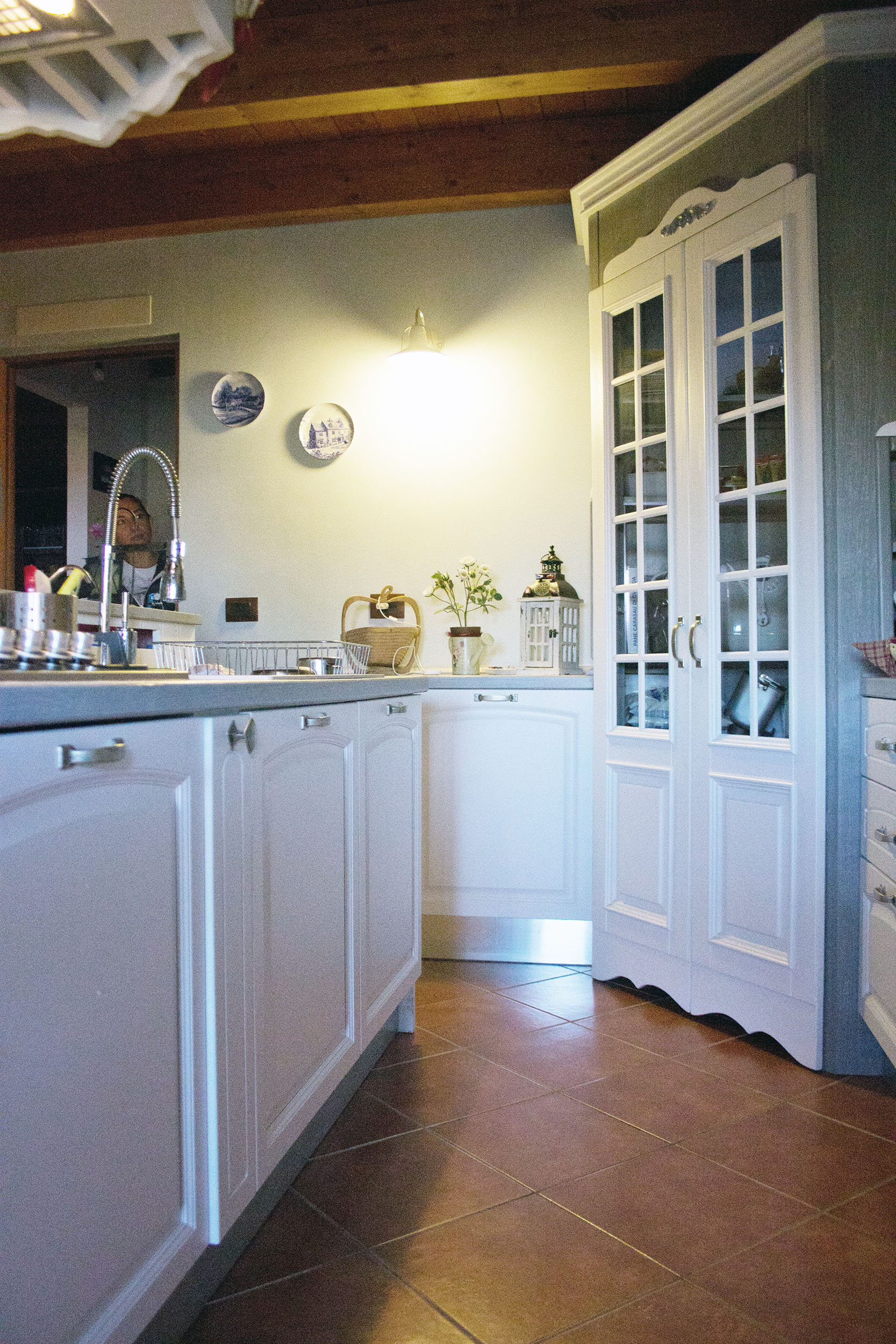 cucina su misura stile shabby chic falegnameria roma 4