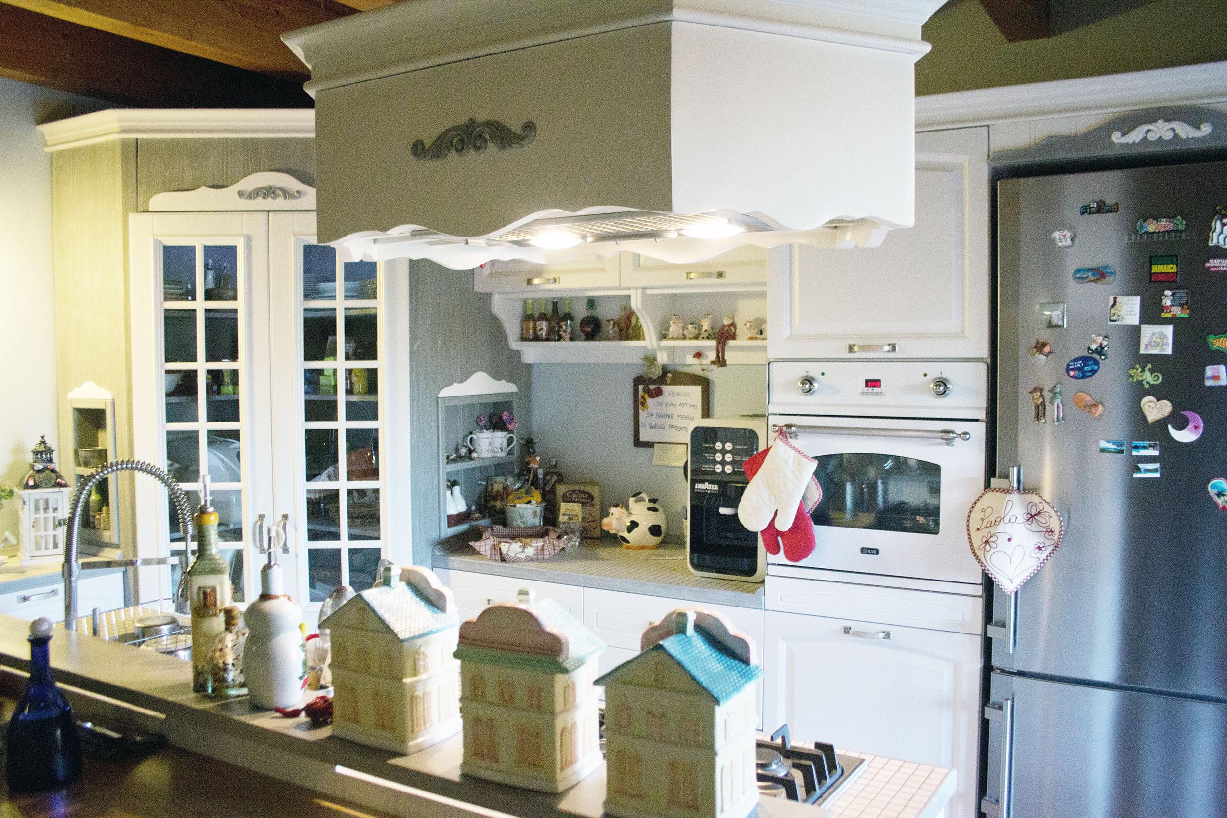 cucina su misura stile shabby chic falegnameria roma 3