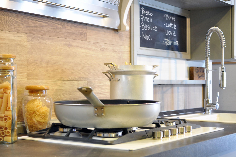 cucina stile industrial falegnameria su misura roma 5