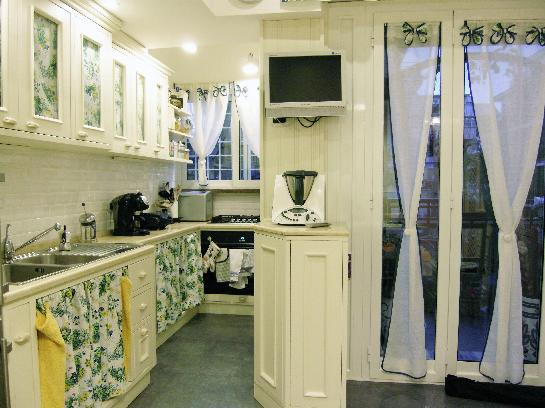 cucina provenzale su misura falegnameria roma 2