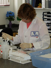A photo of Beutner Labs employee, Ronna.