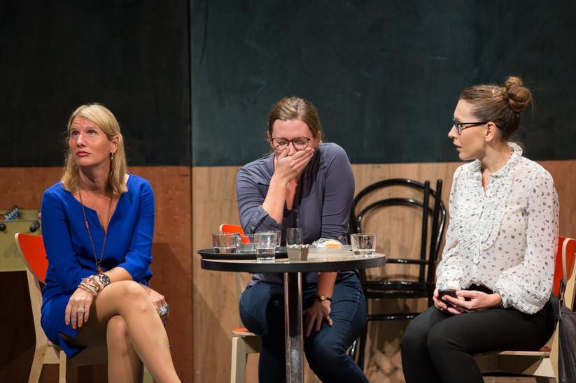 The Theatre Factory-Production-Un temps de chien