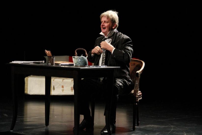 French Stage-Production-Le journal d'un fou
