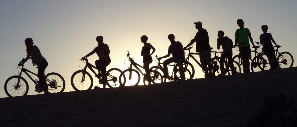 טיולי אופניים לאור ירח