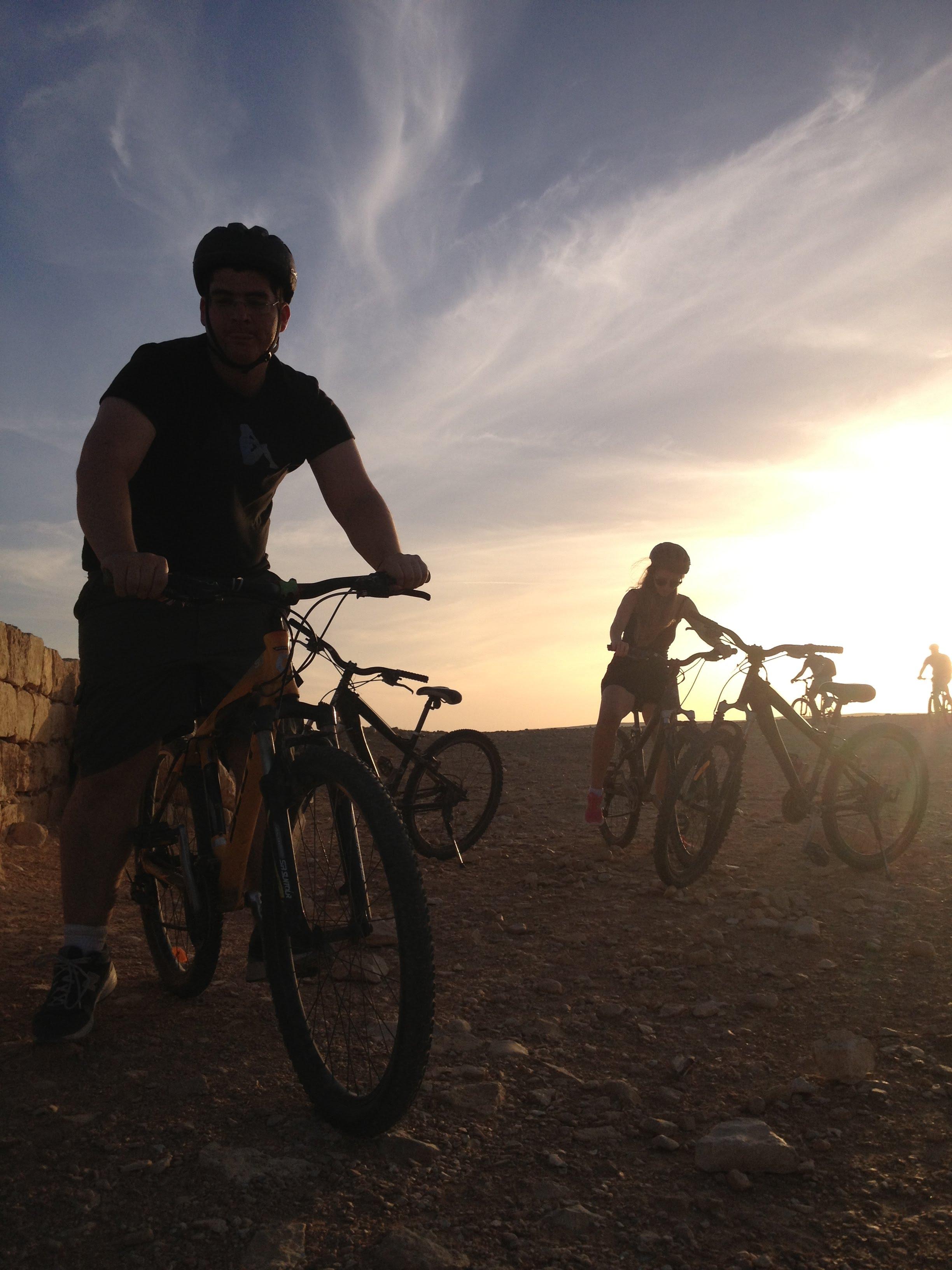 טיולי אופניים בפארק הבשור