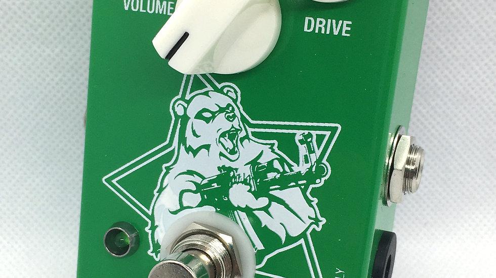 ANGRY GREEN BEAR Tall Font Green Russian Big Muff clone