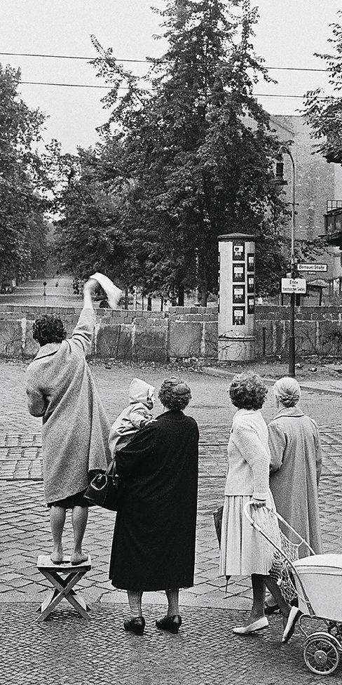 GBM_Broschüre_Mauerfilme_36S_DINlang_4c_DRUCKTeil2.jpg