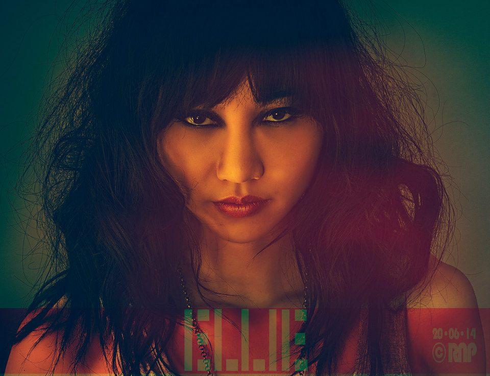 Ellie Z fge