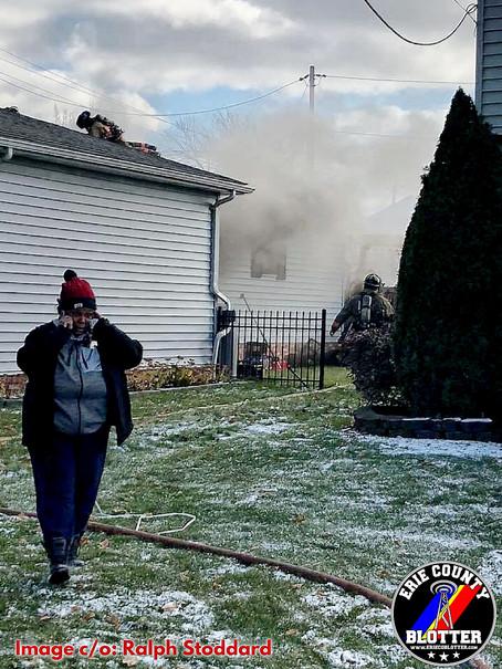 Buffalo - Fire on Howard St