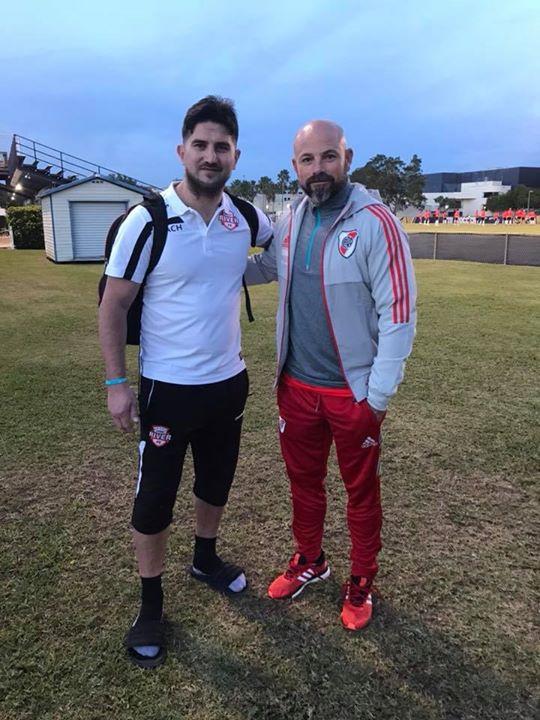 Manager international Adrian Varela