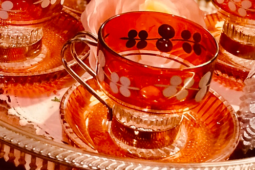 1970' Teaset in gold and red