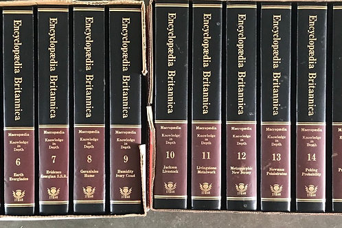 Britannica Macropaedia Knowladge in Deep 19 Volumes
