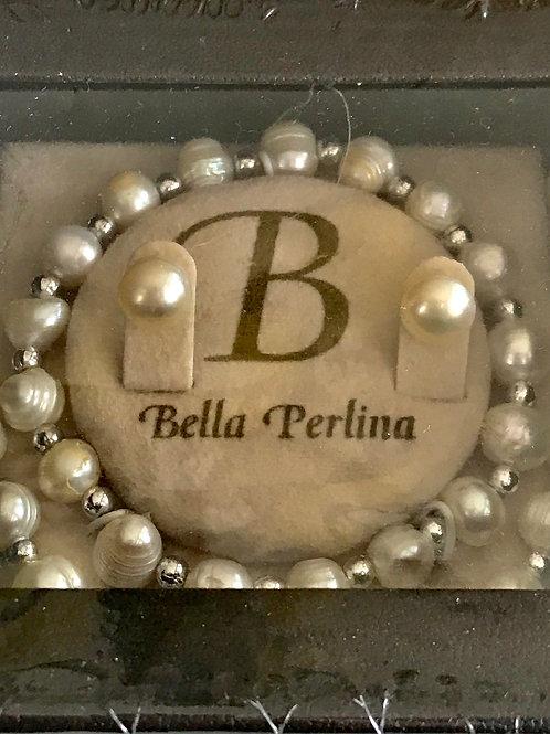 Beautiful pearl set in the box ( June month )