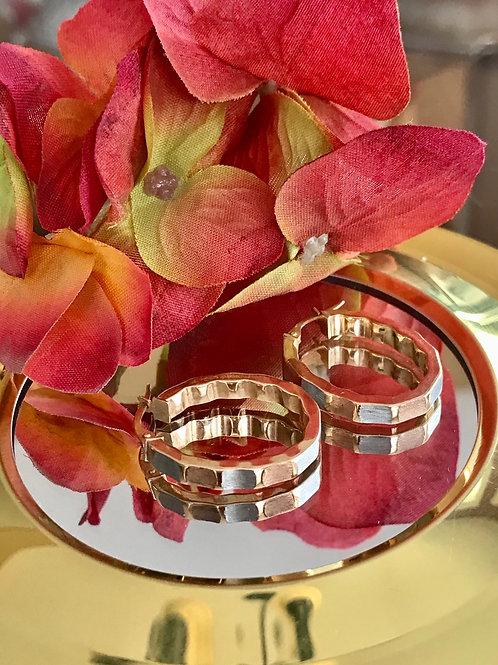 Tri gold oval shape earrings