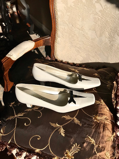 Vintage Kim brand comfy shoes