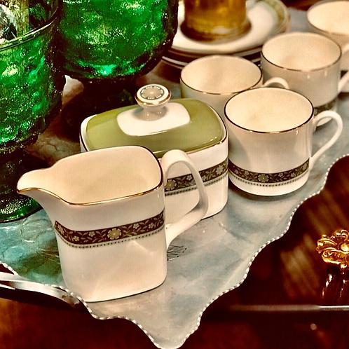 English made tea sets ( 7 pc)