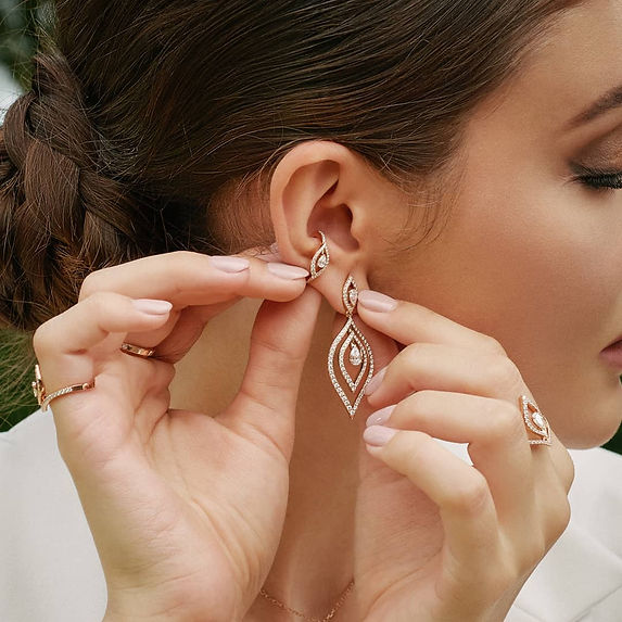 The golden petal earrings intro pic