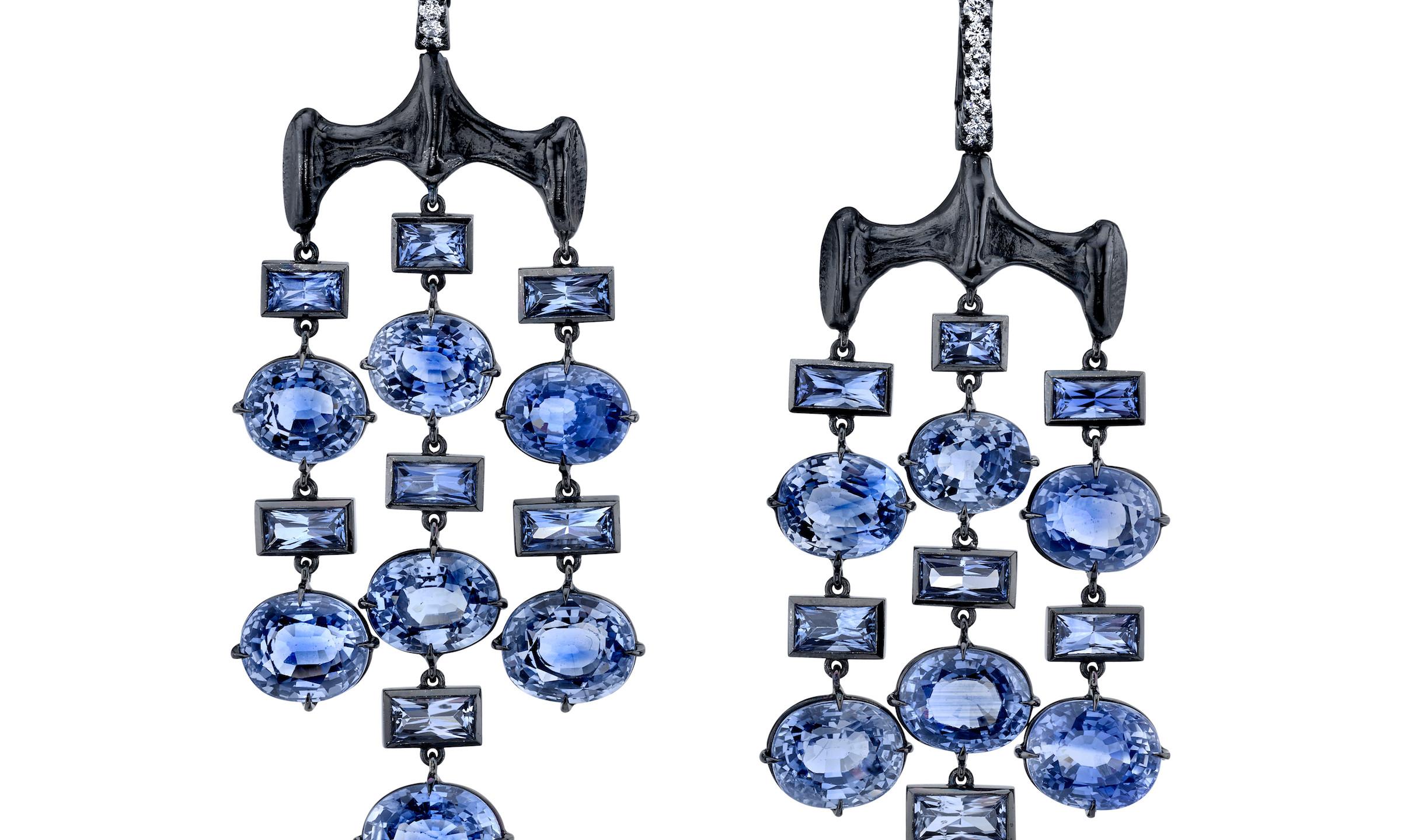 VRAM CHRONA EARRINGS DIAMOND BLUE SAPPHI