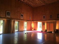 Studio avec rideaux