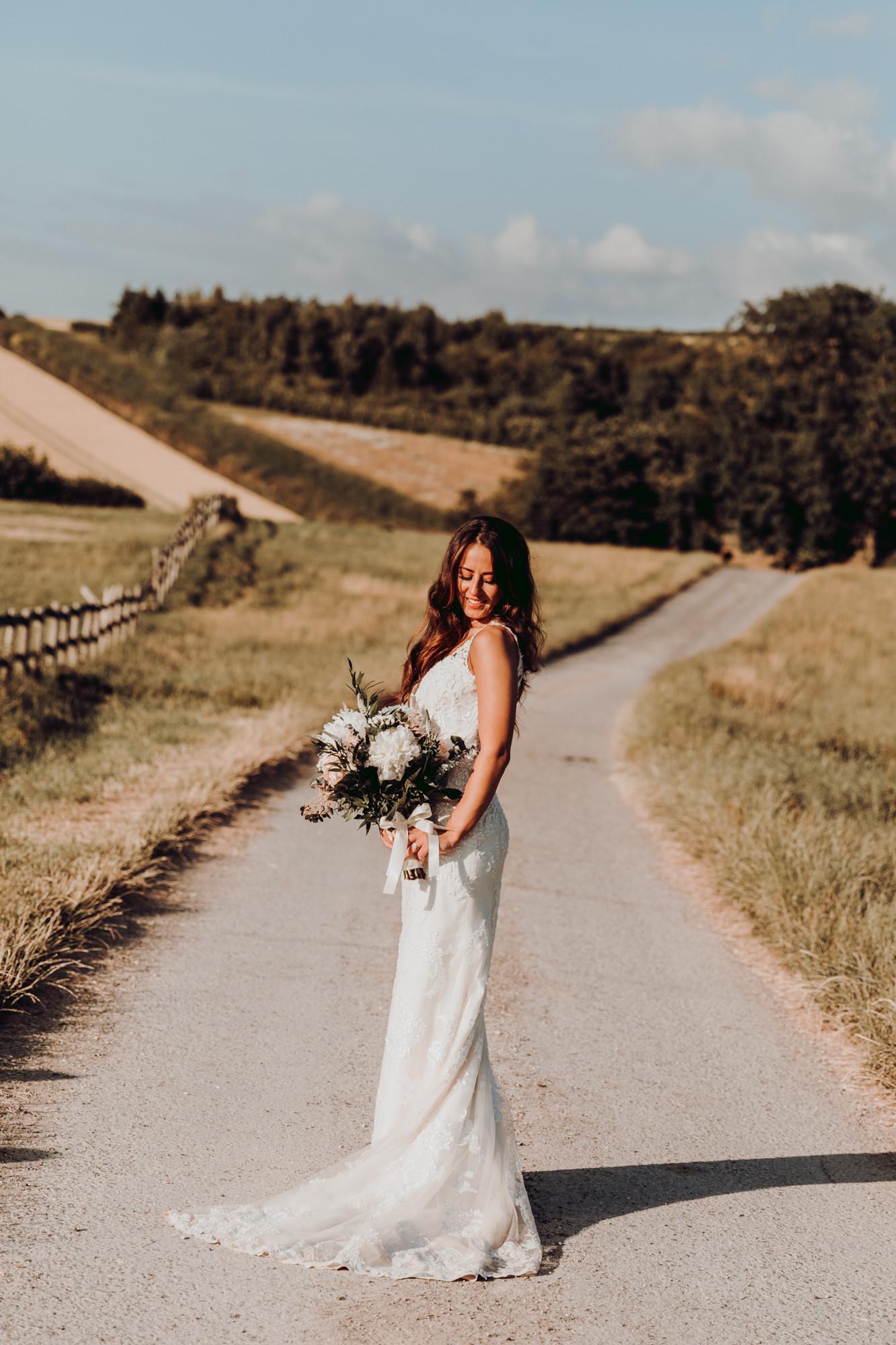 hampshire-wedding-photographer-s&j-739.j