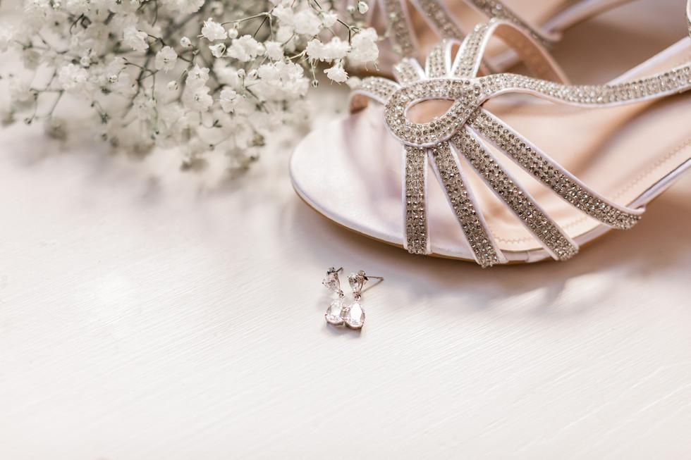 hampshire-wedding-photographer-e&b-5.jpg