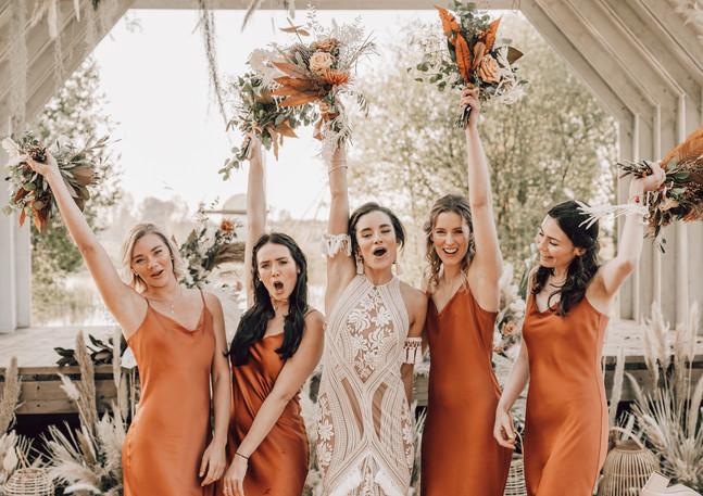 bridesmaids flowers.jpg