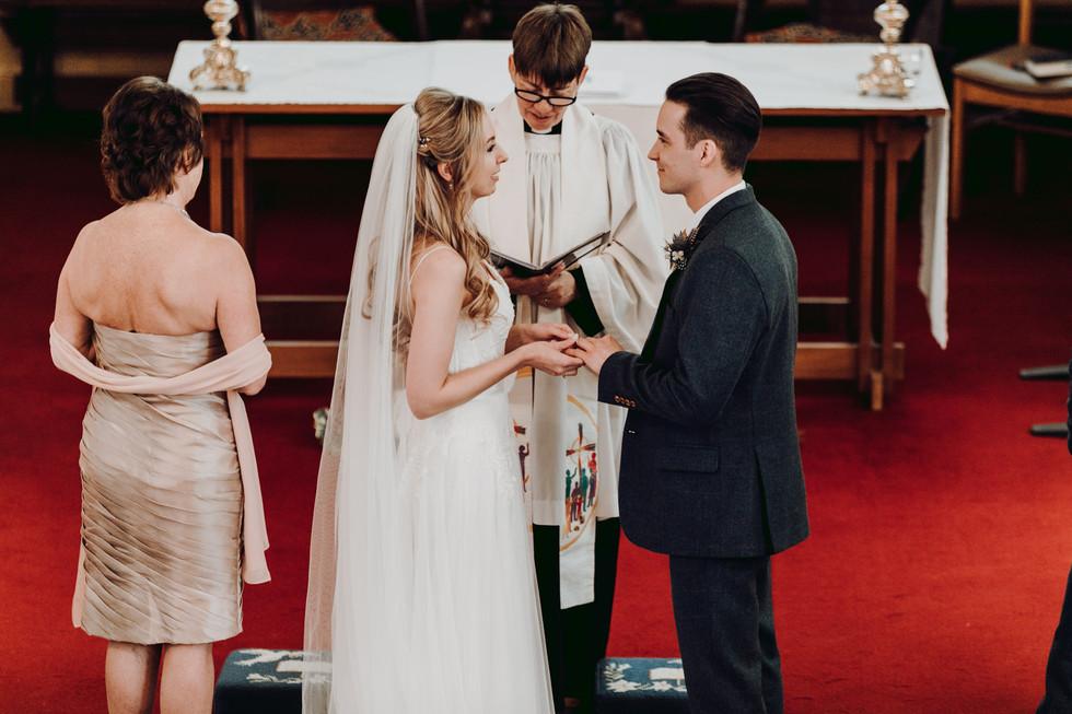 hampshire-wedding-photographer-e&b-219.j