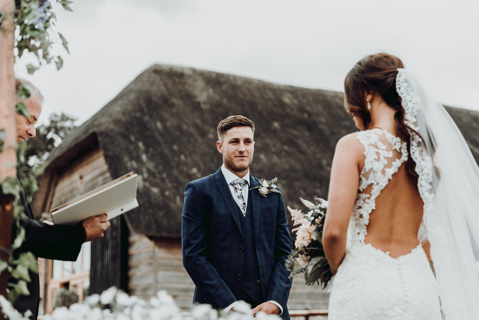 hampshire-wedding-photographer-s&j-334.j