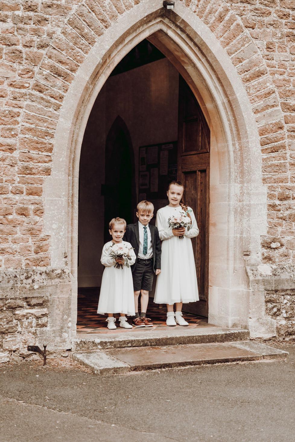 hampshire-wedding-photographer-j&j-202.j