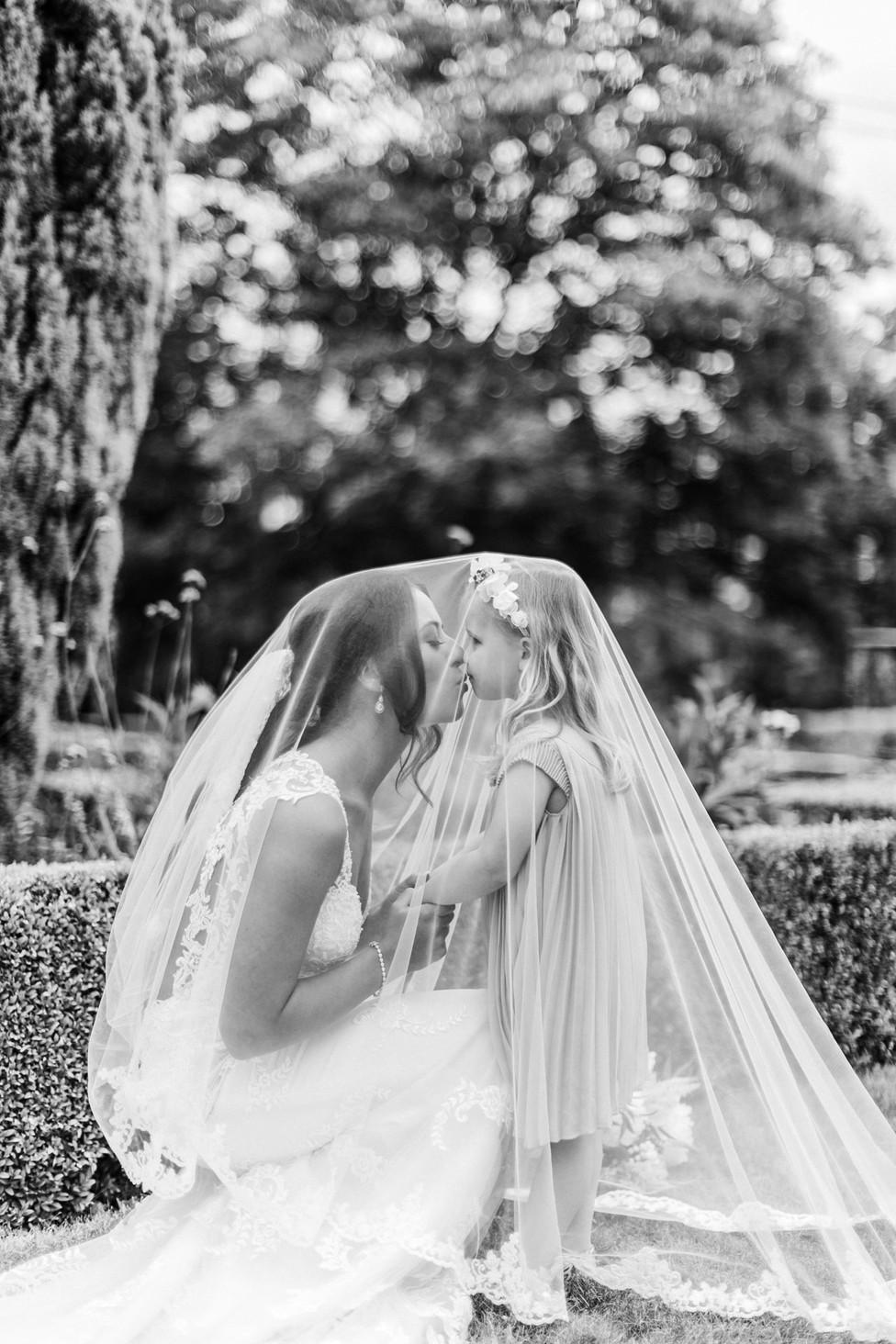 hampshire-wedding-photographer-s&j-199.j